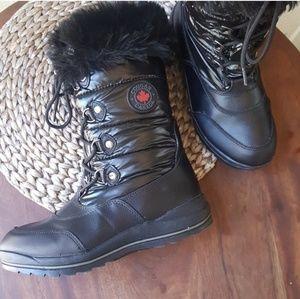 Cougar Cranbrook size 8 women's black snow boots